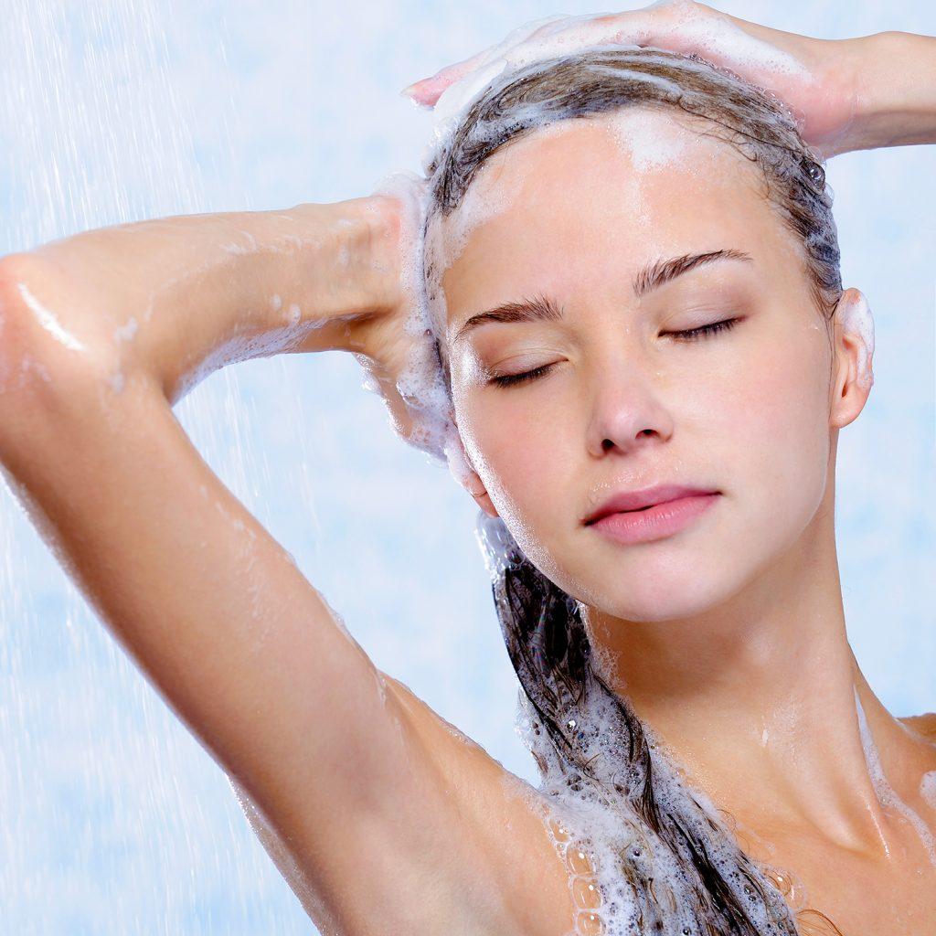 bí quyết làm đẹp tóc hiệu quả là không sử dụng dầu gội trước dầu xả